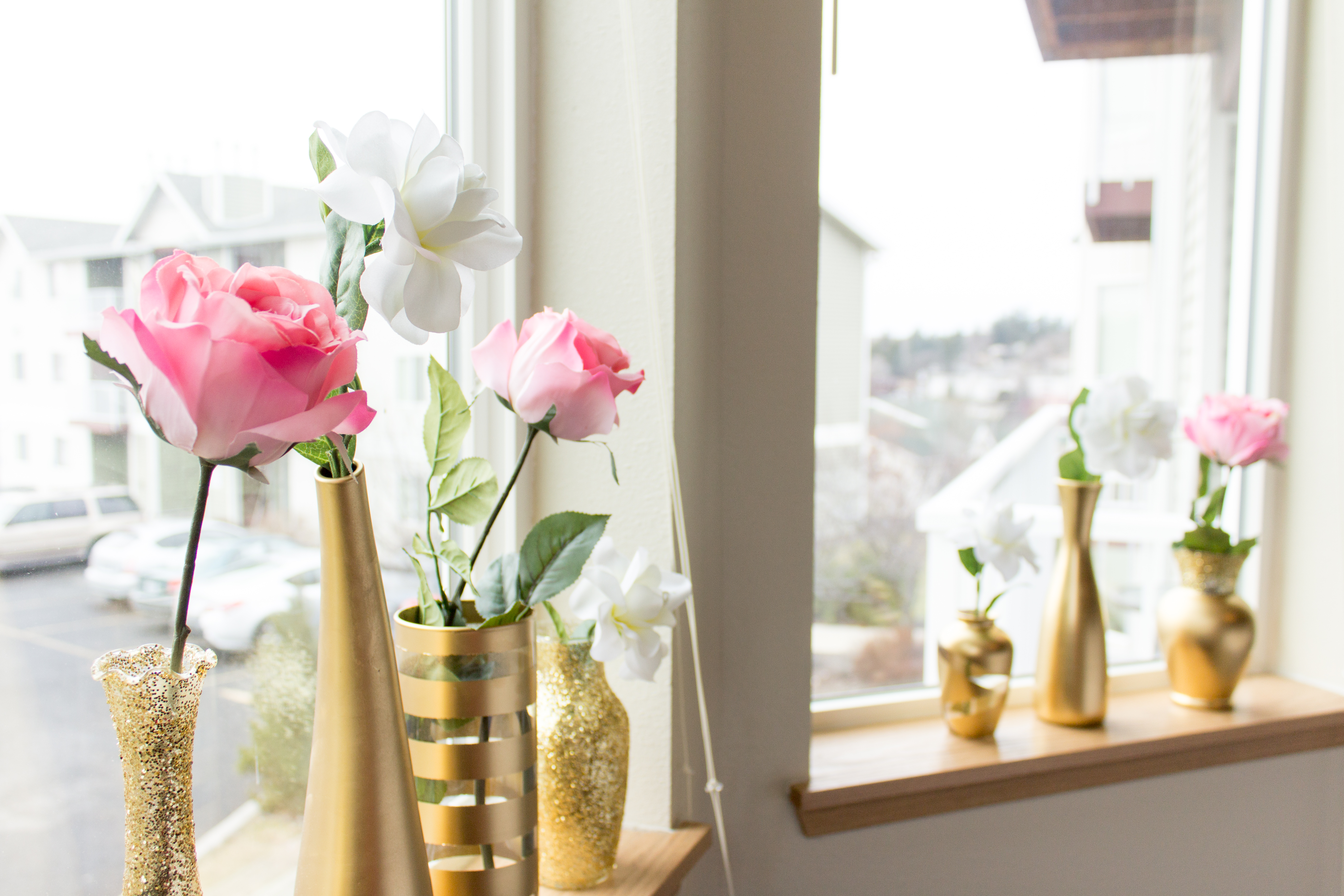 Diy gold vases seattle stylista you have ten absolutely gorgeous vases ready to be beautified by some pretty flowers reviewsmspy